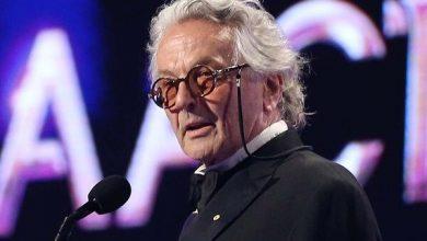 جورج میلر جایزه فیلمساز سال را برای تدوین صدا دریافت میکند